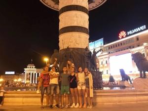 Лора и Никол от Марица на Балканиада с по-големите