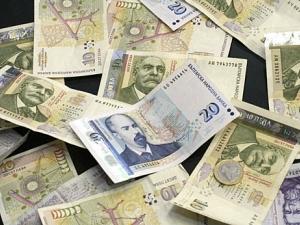 Рекордно ниски лихви, парите в банка губят стойност