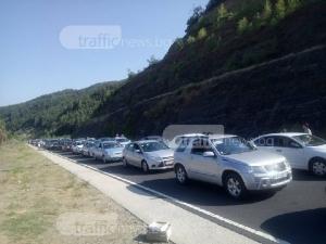 Кошмарът Маказа: колоната от коли за влизане в България набъбна на 5 километра
