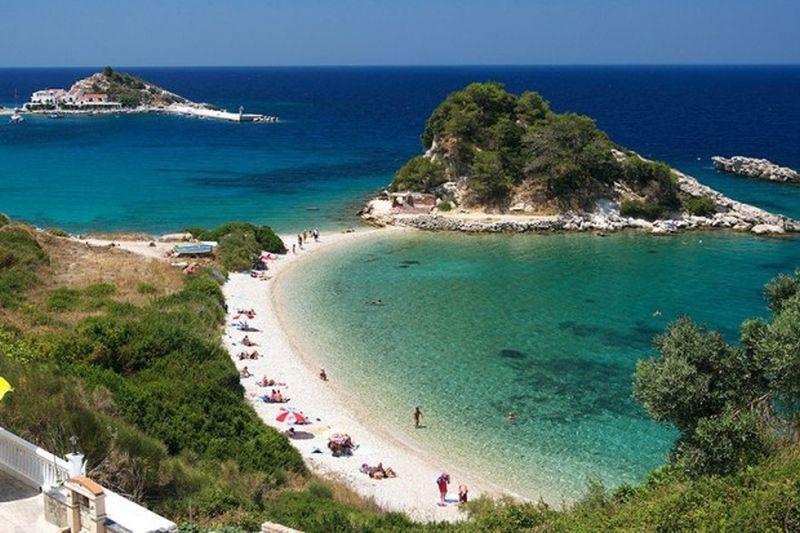 На по-малко от 300 километра от Пловдив: Загадъчният гръцки остров Самотраки СНИМКИ