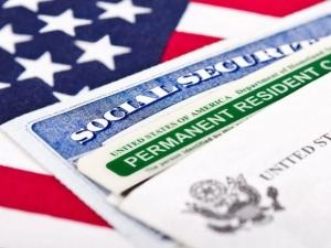 Тръмп затяга правилата за зелена карта