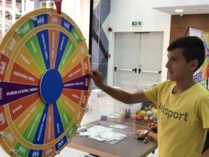 Опашка се изви в Мол Марково Тепе! Десетки щастливци получиха награди ВИДЕО И СНИМКИ