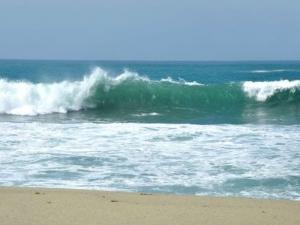 Морето е опасно, в него се давят и най-добрите плувци