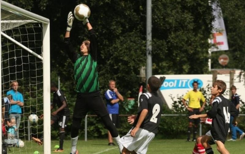 Отбор от италианската Серия А праща оферта за талант на Локо