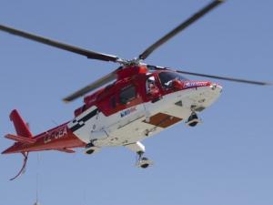 Спасяват с хеликоптер и лебедка тежко пострадал парапланерист