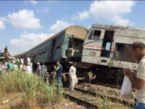 36 загинали и стотици ранени при влакова катастрофа в Египет