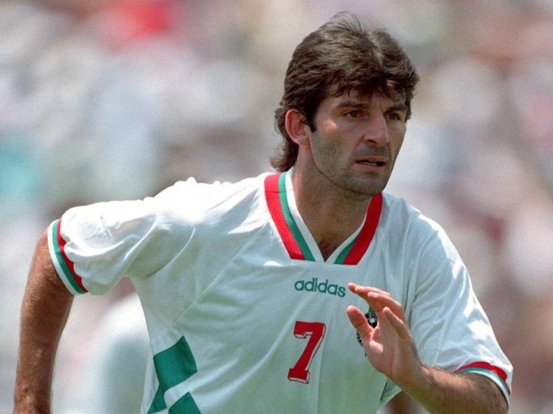 Футболната легенда Емил Костадинов празнува юбилей ВИДЕО