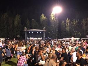 Хиляди се събраха на бирфеста в Раковски СНИМКИ