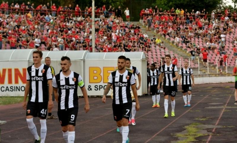 Локо взе рутинна победа срещу Витоша Бистрица
