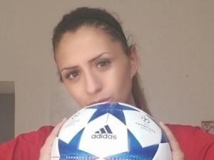 Футболната съдийка отнася сексскандала до ФИФА и УЕФА