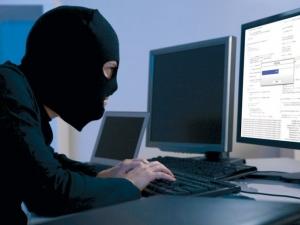 Хакери източиха 5 бона от сметката на бизнесмен