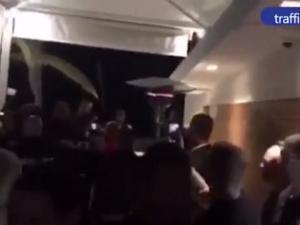 Непоказвано ВИДЕО от посрещането на Валери Симеонов при акцията в Слънчев бряг