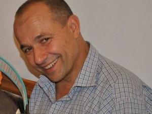 Отиде си смелият пловдивски пожарникар Тодор Топлев