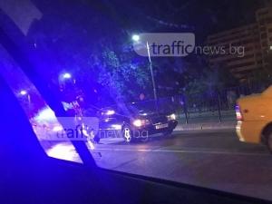 Шофьор изостави колата си в средата на пловдивски булевард, полицията го дири СНИМКИ