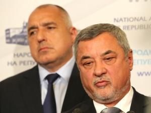 Борисов за сагата Слънчев бряг: Не мога да спра Валери Симеонов, действа според  закона