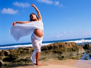 Безумен танц на бременна жена потресе Фейсбук ВИДЕО