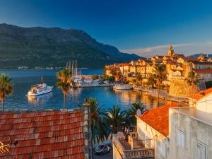 Пловдивските чревоугодници нападнаха най-живописните хърватски острови СНИМКИ