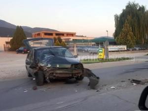 Рено се заби в автобус на пътя Асеновград-Пловдив СНИМКИ