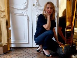 Дизайнерка осъди Брад Пит и Анджелина за половин милион евро