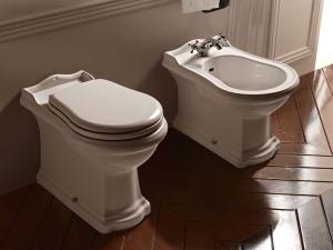 Жена поиска развод заради липса на... тоалетна