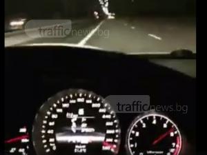 Пловдивчани в смъртоносна игра: Нов зевзек с мерцедес вдигна 330 км/ч на магистрала ВИДЕО