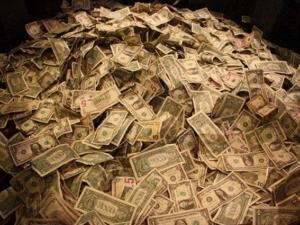 Късметлия спечели рекорден джакпот, грабна 758 милиона долара