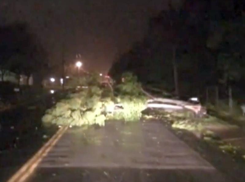 Ураганът Харви удари САЩ с ветрове със скорост 60 метра в секунда ВИДЕО