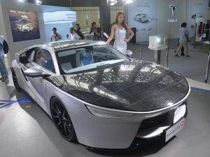 Ауди слага слънчеви панели на колите си