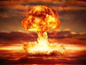 Апокалипсис сега: Ракети летят над Япония, а светът е най-близо до ядрена война от 1953-та насам
