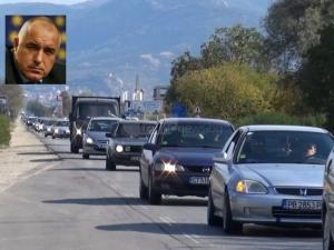 Премиерът застана зад пловдивските превозвачи! ВИДЕО