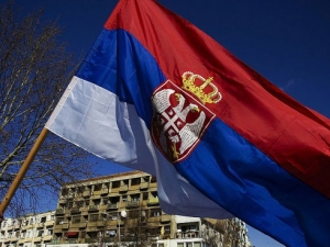 Бентли се вряза в кортежа на сръбския президент