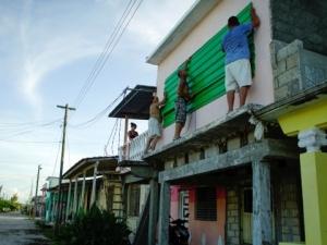 """Ураганът """"Ирма"""" връхлита Куба, евакуират хиляди души"""