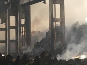 Директорът на завода в Шишманци: Подозираме умишлен палеж