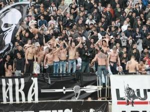 Феновете на Локо към Крушарски: Режете до кокал!