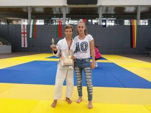 Пловдивски надежди в джудото с куп медали от турне в три държави СНИМКИ