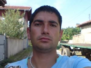 Обвиненият за трагедията във Виноградец Лазар Влайков застава днес пред съда