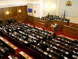 Депутатите прегазиха ветото на президента за промените в Закона за околната среда
