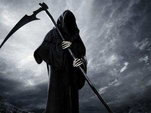 Трилър край Плевен! Мъж се маскира като Смъртта, отвлече чужда жена