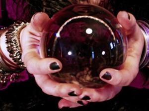 Крупна измама край Пловдив: Жена даде 16000 за разваляне на черна магия