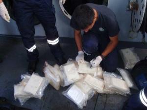 Удар на Криминална! Пипнаха трафикант с 47 топчета хероин в Пазарджишко