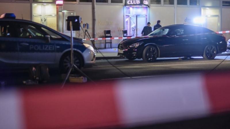 Един убит и трима ранени при стрелба в нощен клуб