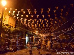 Центърът на Пловдив се пука по шевовете в Нощта на музеите и галериите ВИДЕО