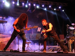 Рок разлюля Летния театър в Пловдив снощи  СНИМКИ