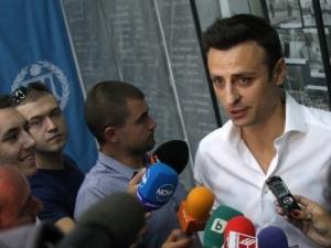Бербатов взе диплома, стяга се за министър