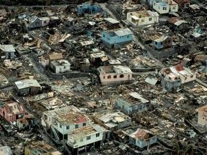 Премиерът на Доминика: Щетите от урагана са умопомрачителни