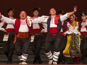"""Ансамбъл """"Българе"""" с уникален спектакъл на Античния театър"""