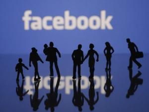 Ето колко време от живота си ще загубите във Facebook