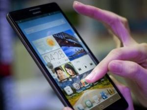 Експерти алармират: 50 мобилни приложения точат сметките ни