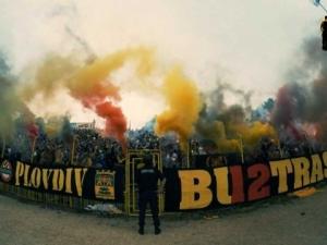 Полицията в Пловдив стяга редиците, готви се за тайното дерби Ботев-Локо