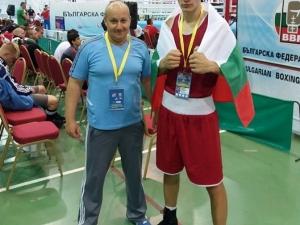 Страхотен успех! Боксьор на Първенец с медал от европейското